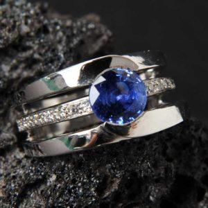 Création Bague Saphir et Diamant  - Création Le Caroubier Bijoutier Joaillier Tours