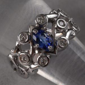 Bague Saphir Et Diamants  - Création Le Caroubier Bijoutier Joaillier Tours