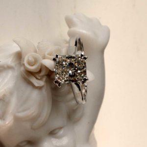 Bague Fiancailles Mariage Le Caroubier Joaillier Tours