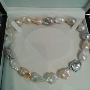 Collier Perles Baroqur Eau Douce Le Caroubier Joaillerie Bijouterie 37